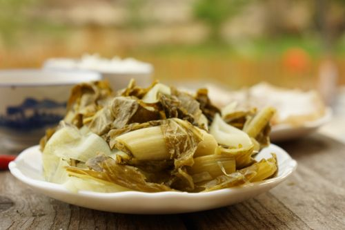 Green mustard pickle with boiled pork